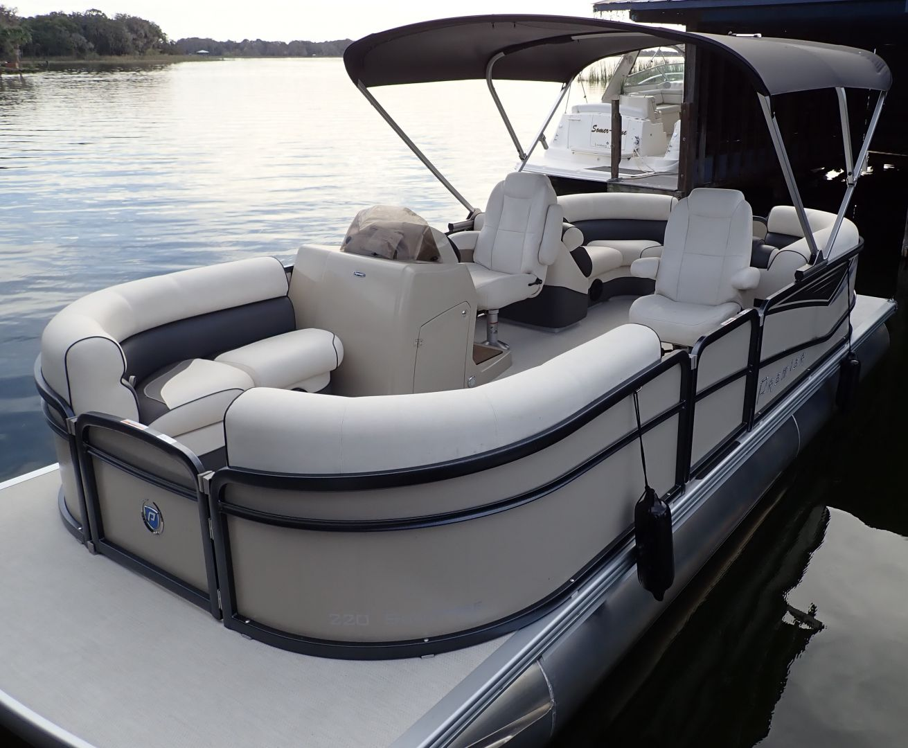 Harris Chain Of Lakes Boat Rentals Mount Dora Boating